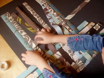 Weaving_wallpaper_eliza